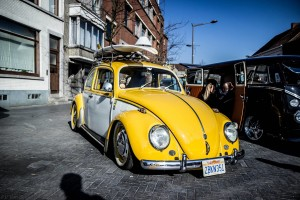 Freddy Files 2016 Ninove yellow Beetle with surfboard